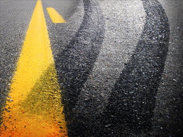 Lexington driver injured after sliding off road