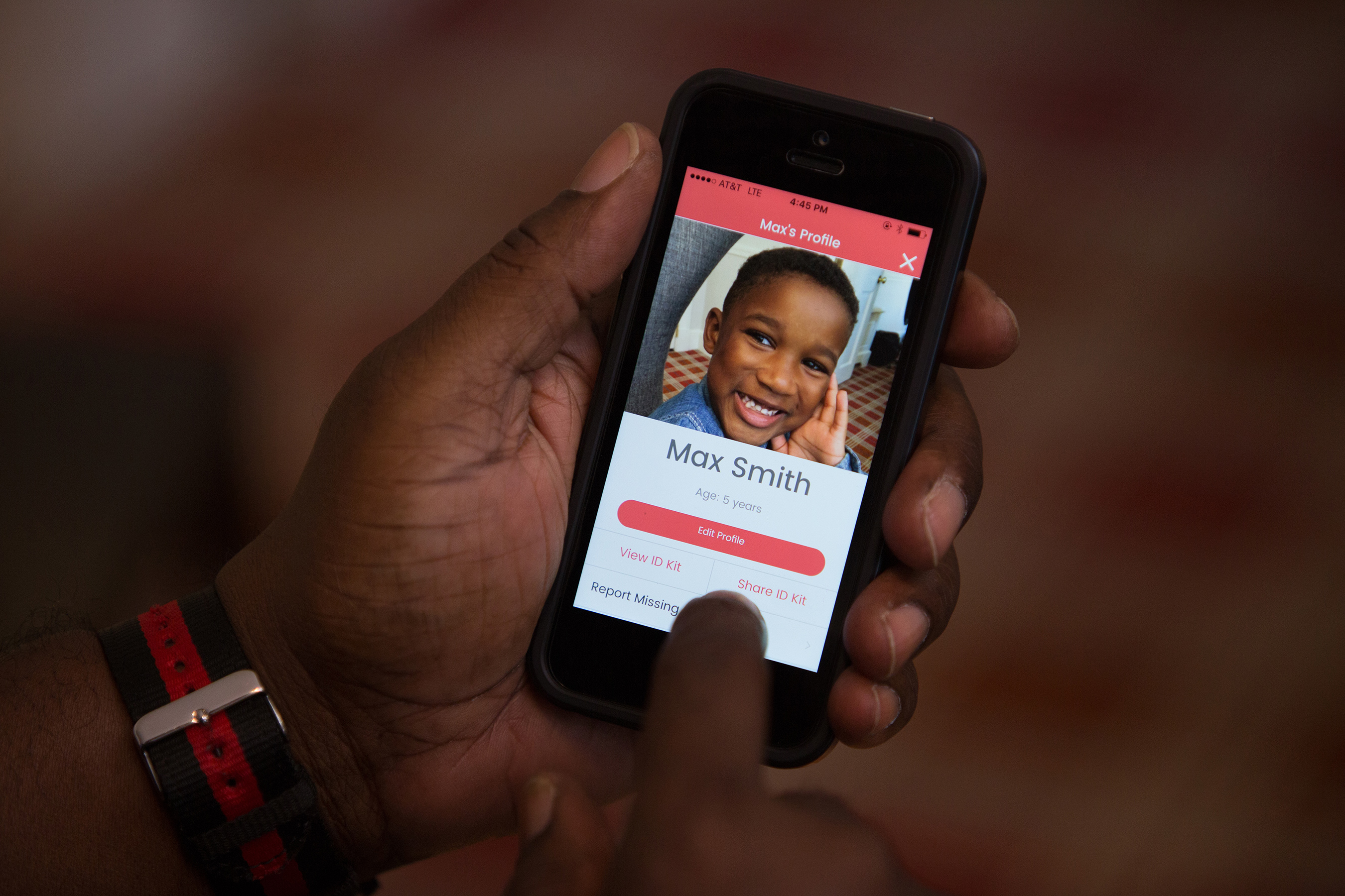 New child safety app is launched by NCMEC with digital ID kit