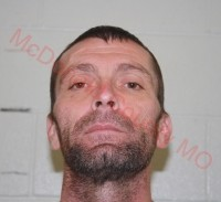 Southwest Missouri deputies search for escaped inmate