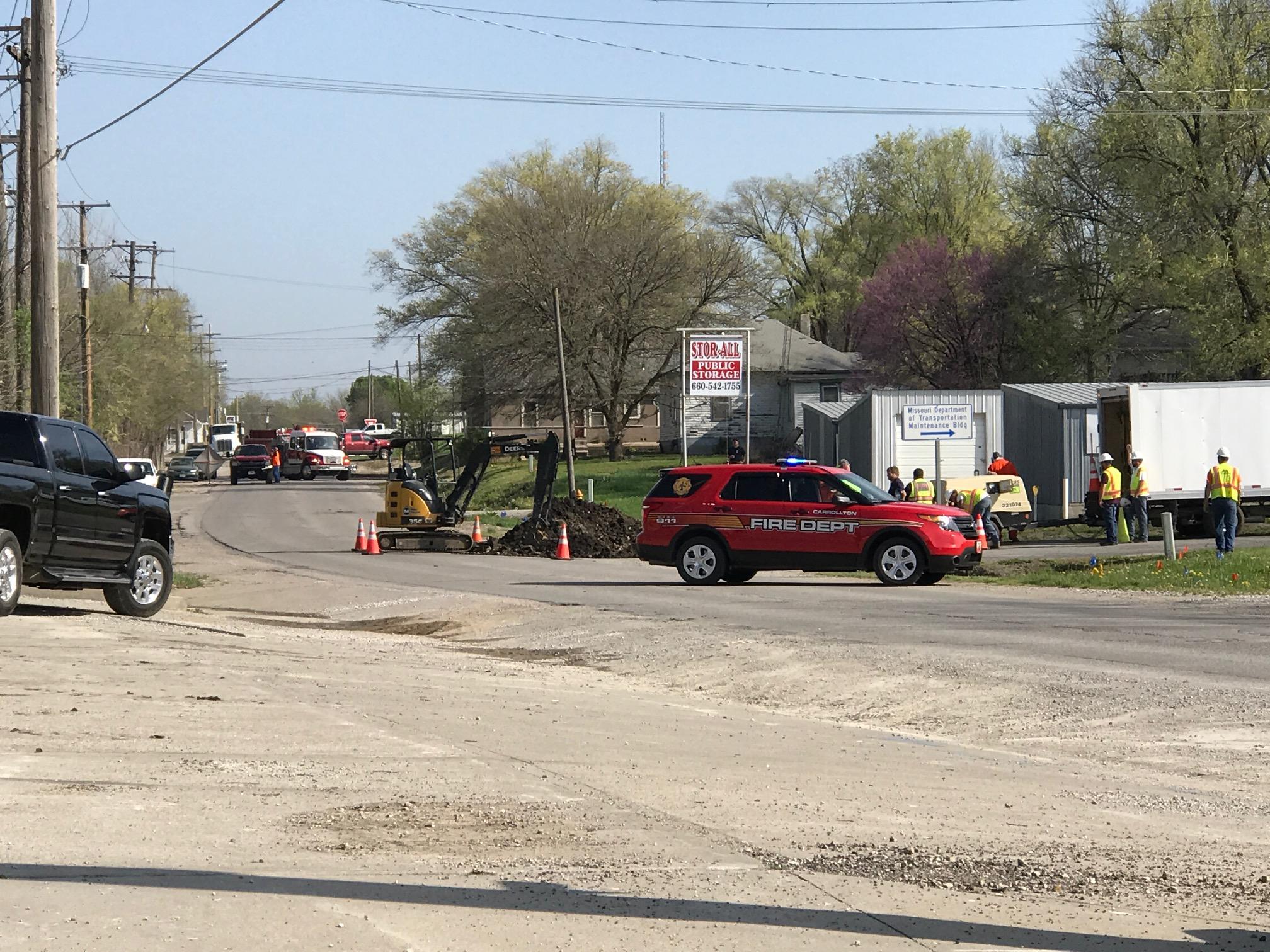 Gas leak in Carrollton at 300 block of North Mason