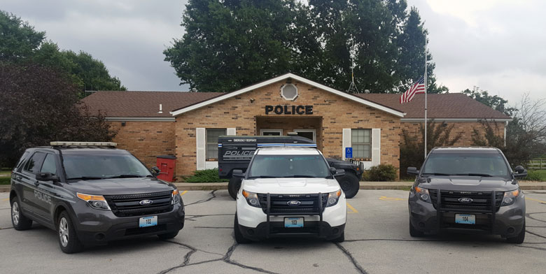 DEVELOPING–Heavy police presence involved in standoff at residence in Lone Jack