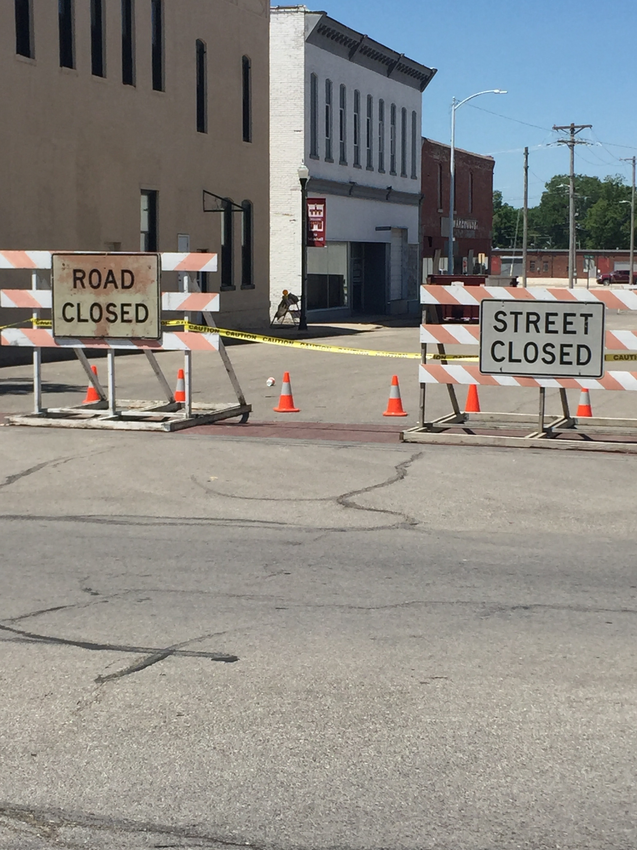 Street closures as dilapidated building continues to deteriorate