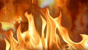 Car fire extinguished quickly in Chillicothe