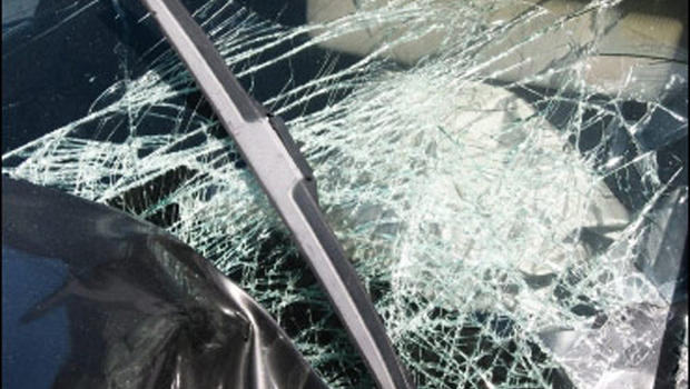 La Plata driver moderately injured after hitting rock on US 63