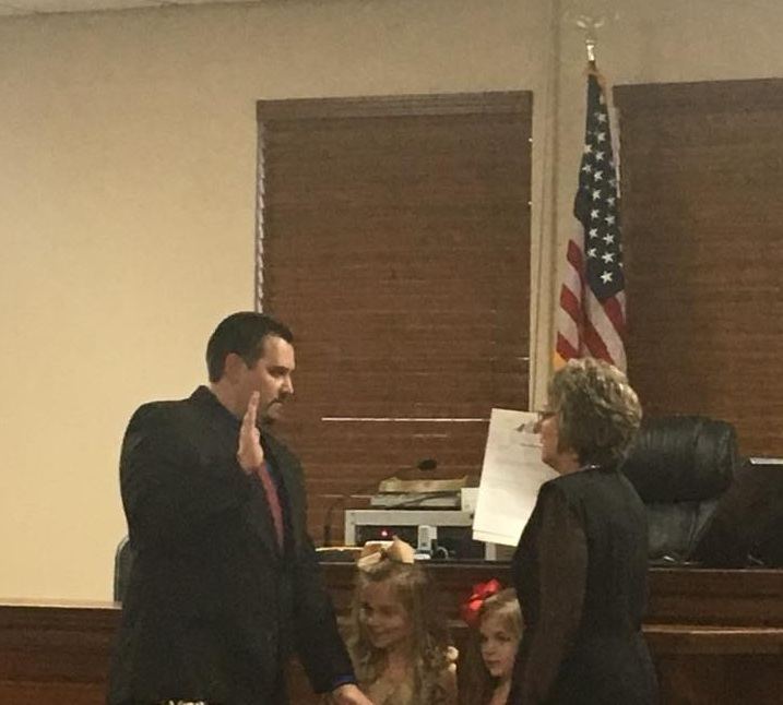 Joe Don McGaugh installed as Associate Judge in Carroll County