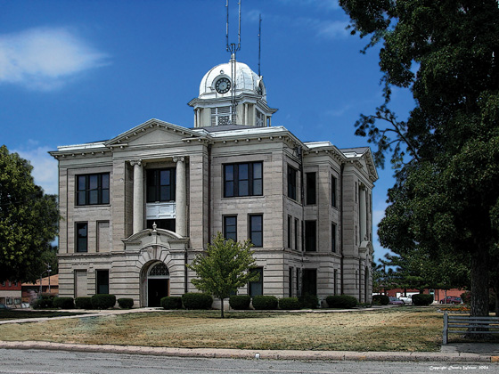 Terror charges filed against Utah man accused of threatening Daviess County Courthouse