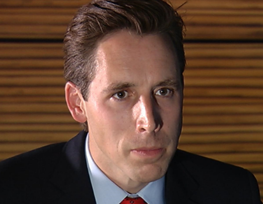 Attorney general Hawley says governor should resign immediately