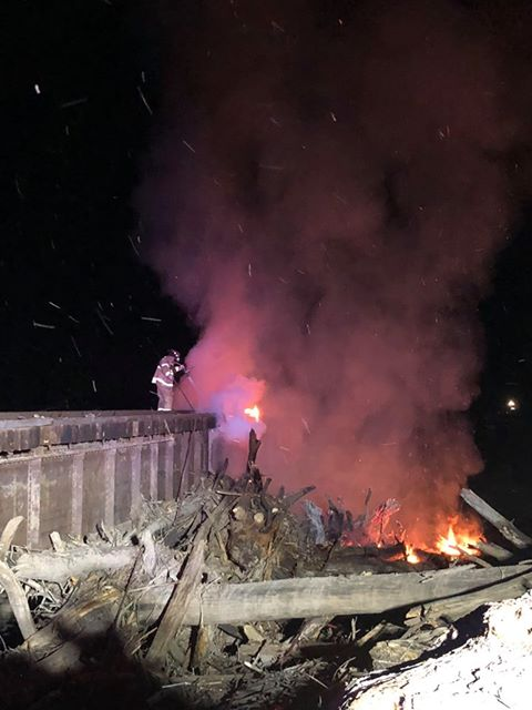 BREAKING NEWS — Chillicothe fire crews battle railroad bridge blaze