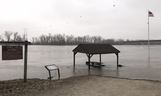 """""""We're not out of the woods yet,"""" says Carroll County Presiding Commissioner regarding Missouri River Flooding"""