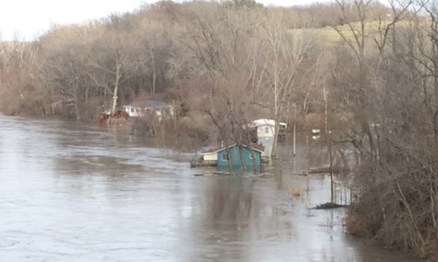 Missouri River at Miami crests, awaiting future rainfall