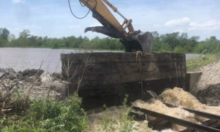 Update: Railroad crews attempting to patch hole in Ray County levee south of Hardin
