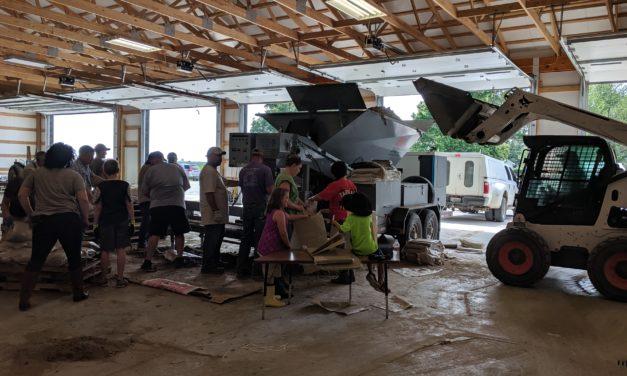 Volunteer sandbaggers continues in Norborne