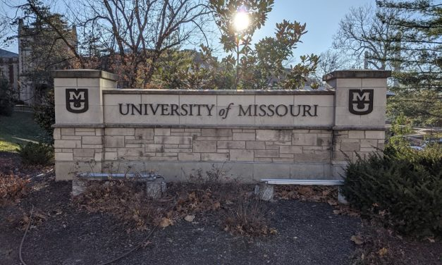 University of Missouri tracks student attendance with phones