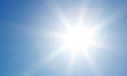 NEWSMAKER:  Summer skin care curbs cancer