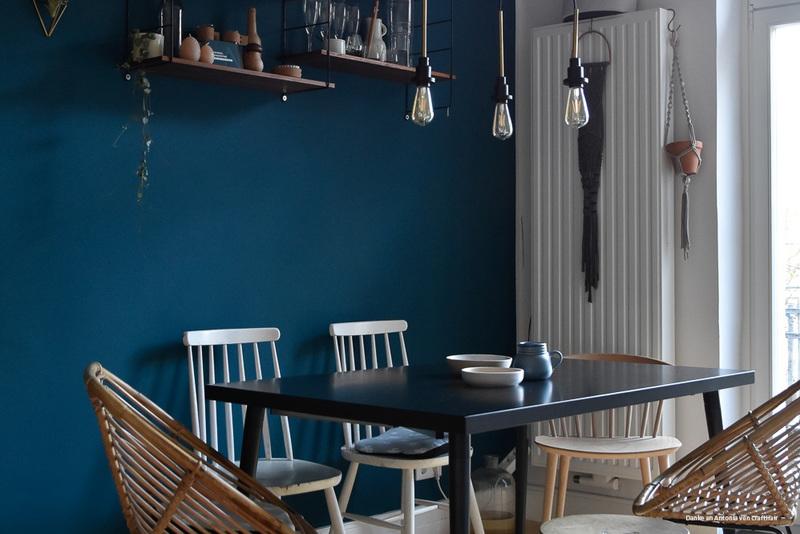dunkelblau als wandfarbe im esszimmer bei antonia - Dunkelblaue Wandfarbe