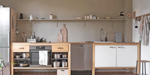 skandinavischer wohnstil mit grauer wandfarbe kolorat. Black Bedroom Furniture Sets. Home Design Ideas