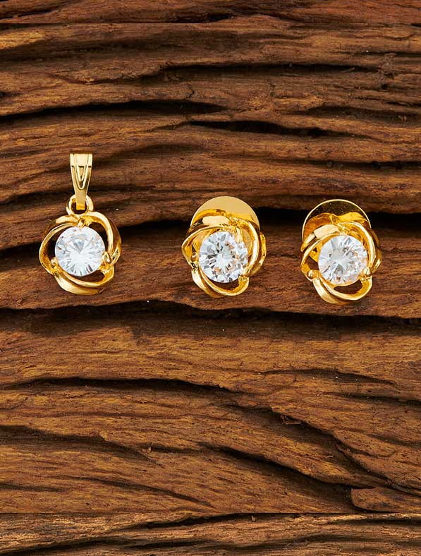 CZ Delicate Pendant Set With Gold Plating