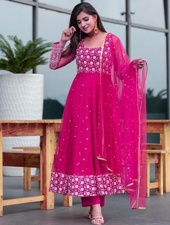 Heavy Embroidered Georgette Antalkali Set