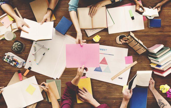 O que é Brainstorming, para que serve, como fazer e exemplos