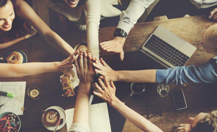 Fatores que influenciam o comportamento do consumidor: grupo de referências