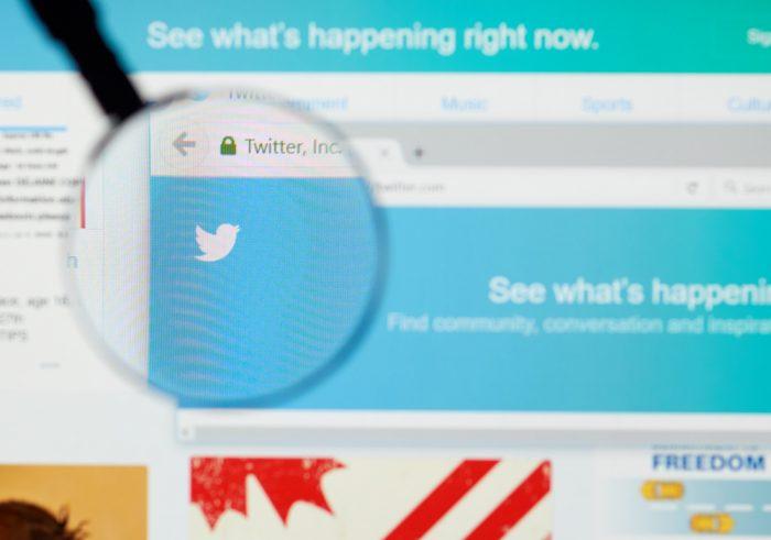 Como conseguir seguidores no twitter Tenha uma foto de capa