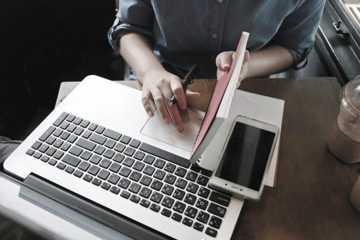 Assinatura de email Inclua logos, imagens e/ou fotos