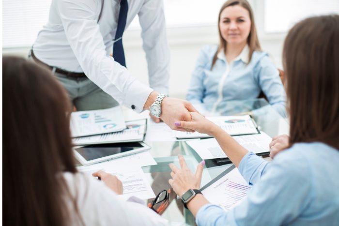 10 Ideias de negócios lucrativos de baixo investimento para você aplicar