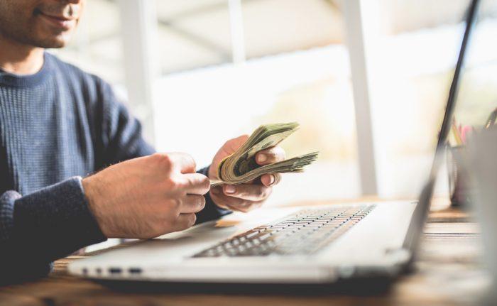 Como ganhar dinheiro online: 12 dicas para você aplicar em 2018