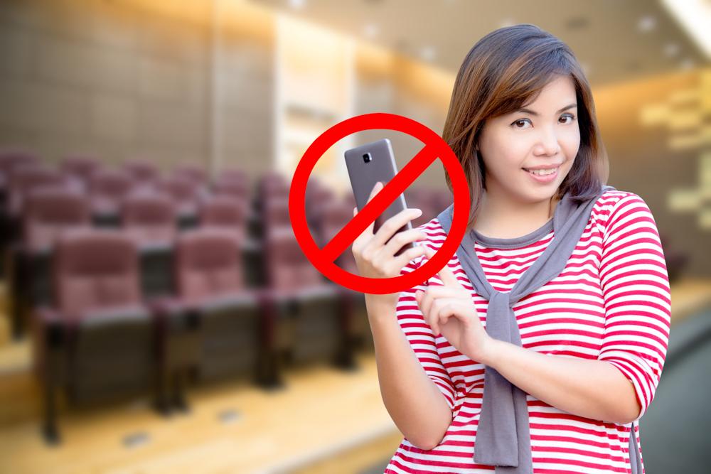 Desligue ou tire o celular de perto