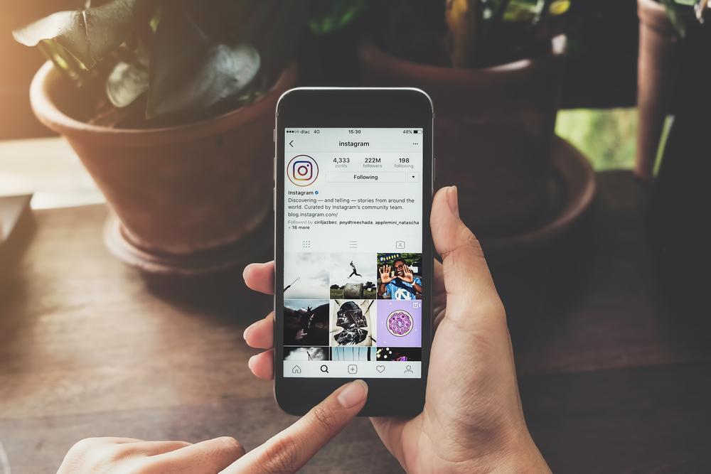 Promova seu canal em blogs e redes sociais