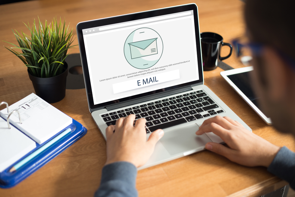 """Email transacional: entenda a importância de não deixar suas leads """"no vácuo"""""""