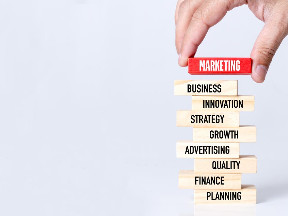 Como saber a diferença entre marketing e publicidade pode melhorar os resultados do seu negócio