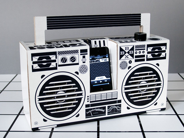 The Berlin Boombox, in action.
