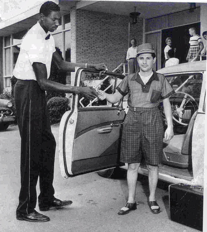 Wilt Chamberlain working as a Kutsher's Bellhop