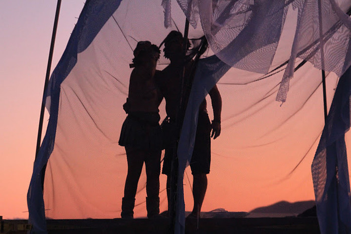 ShiZaru.zoe & Andrew Morphous raising the ~WaVe~ 1.0 at Burning Man 2011