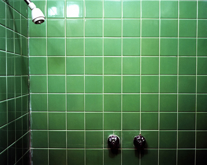 Green shower, Room 31