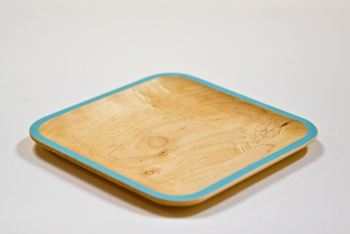 Small WUD Plate - maple / light blue