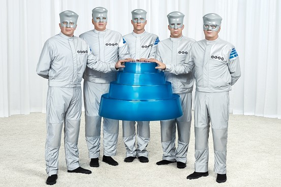 DEVO today, LEFT TO RIGHT: Casale, Casale, Freese, Mothersbaugh, Mothersbaugh
