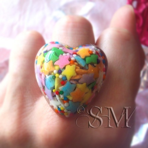 This candy sprinkle ring will also be featured as one of the tutorials in the book.