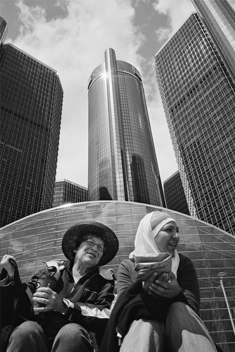 Mentor Elayne Gross and a student paused in front of the Renaissance Center .