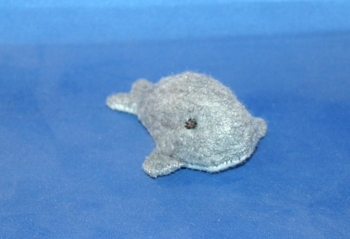 Little plushie whale, hand-sewn by me! (Also come in blue!)