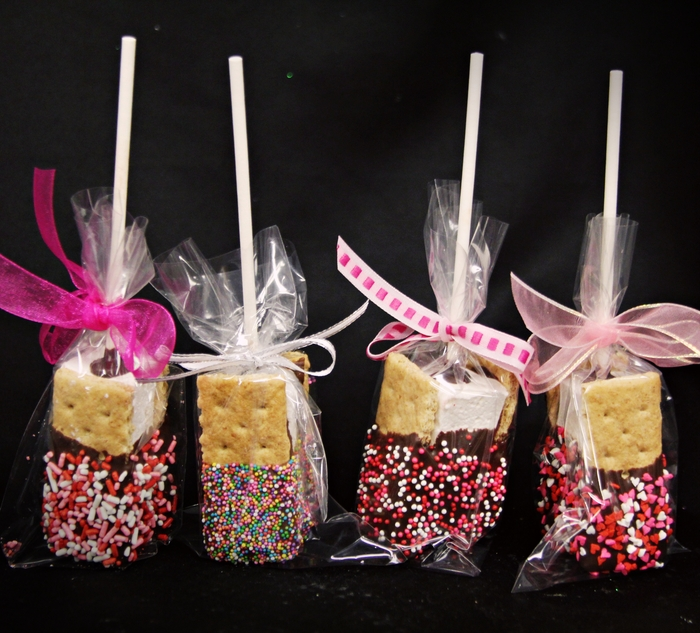 S'mores Pops, yum!!