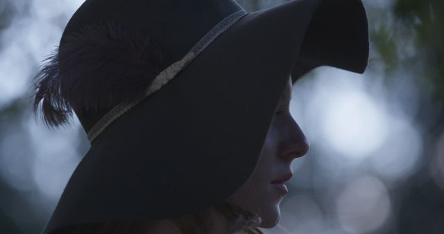 The romantic floppy hat.