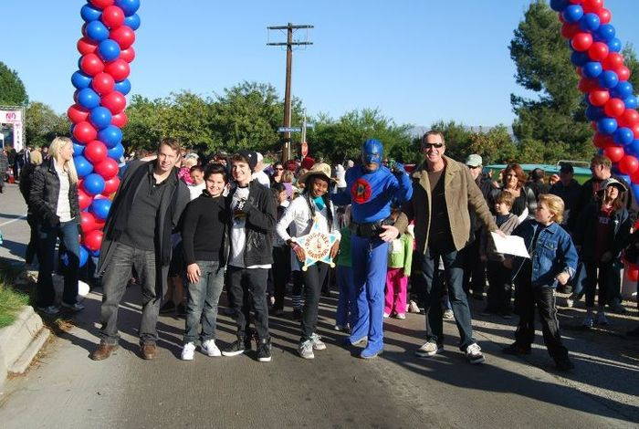 "DangerMan leads the way at Universal Studios ""Say No to Drugs Run & Walk"""
