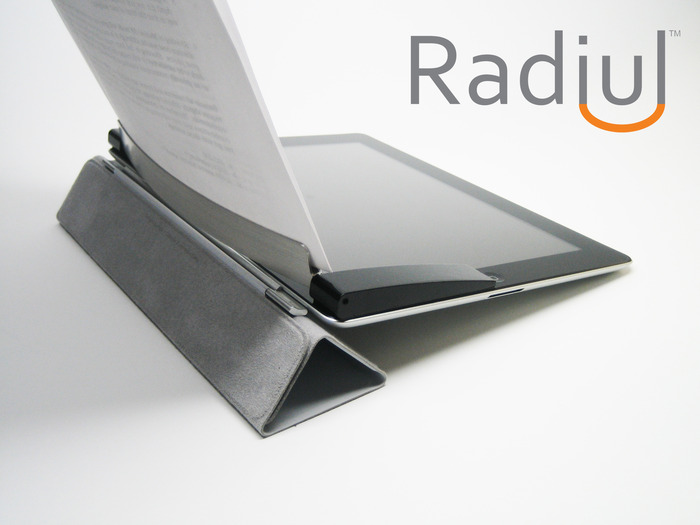 Radiul Mobile fits all versions of the iPad perfectly.