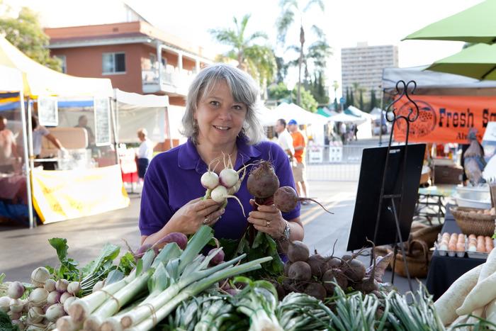 Market Maestra Catt White