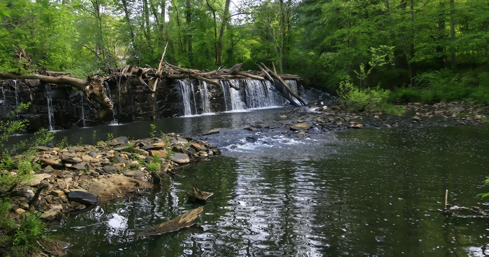 The Huffine Mill Dam