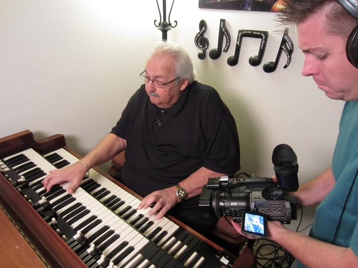 Maricopa, AZ - Joe shoots Pappa John DeFrancesco at home.  Pappa John is the father of organist Joey DeFrancesco.