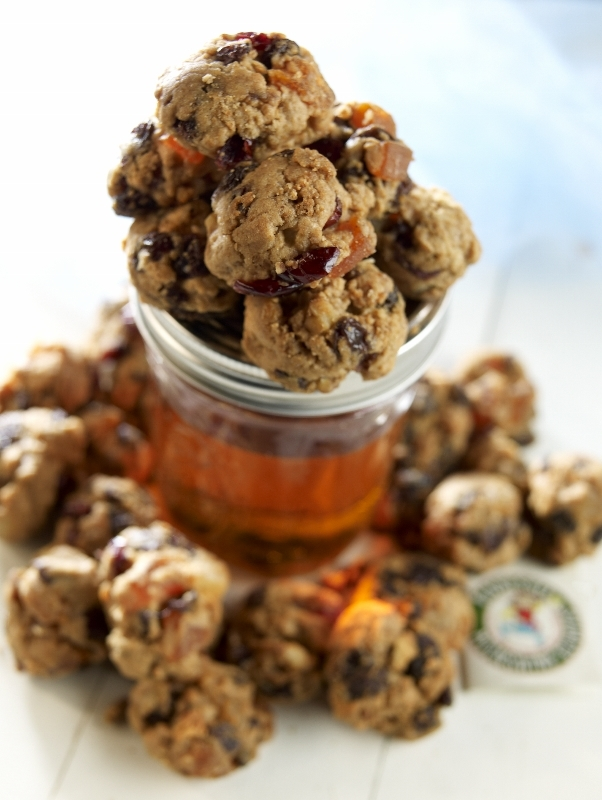 Tennessee Moonshine Cookies ... Some cookies don't need milk!