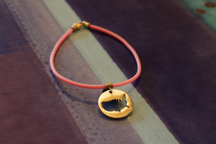 Single Strand Bracelet